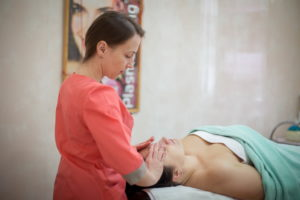 Блефаропластический массаж